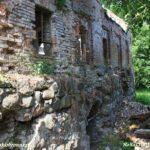 Ruiny zamku w Karlinie