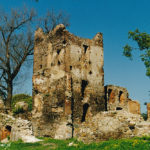 Zamek w Chudowie przed odbudową.