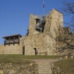 Dobczyce mury miejskie zrekonstruowana baszta