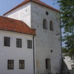 Miejskie mury obronne Łęczycy baszta.