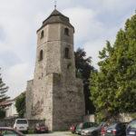 Miejskie mury obronne Strzelec Opolskich baszta przebudowana na dzwonnicę