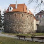 Miejskie mury obronne Kożuchowa basteja Bramy Krośnieńskiej