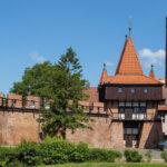 Opole zrekonstruowany fragment murów z basztą Rybacką