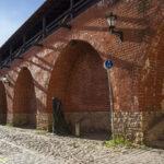 Ryga mury miejskie fragment zrekonstruowanych umocnień